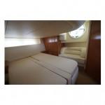 Sealine S42 17 | Jacht makelaar | Shipcar Yachts